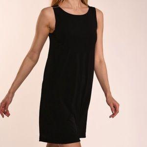 LITTLE BLACK SHIFT DRESS EUC